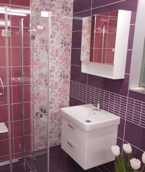 Závěsná koupelnová skříňka se zrcadlem