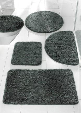 Jednobarevné huňaté koupelnové předložky