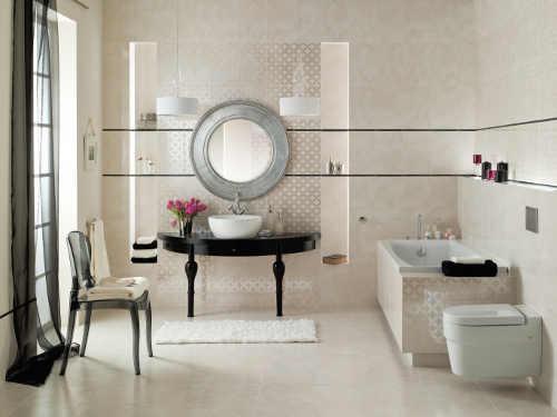 Decentní koupelna s obdélníkovou vanou