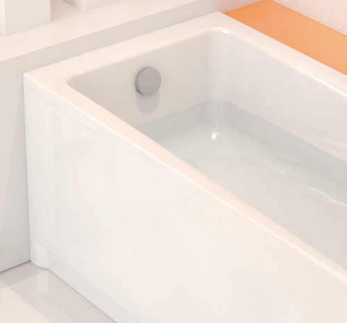 akrylátová vana ve tvaru obdélníku