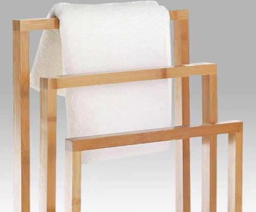 Dřevěný držák ručníků