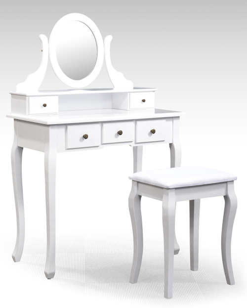 Bílý toaletní stolek jako pro princeznu
